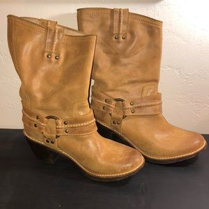 Frye Carmen Harness Short Boots Leather